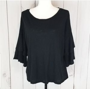 3/$20 🖤 Lush Layered Bell Sleeve Top